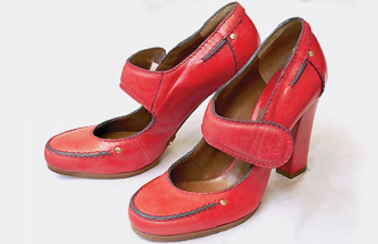 Обувные бутики-соседи в ГУМе