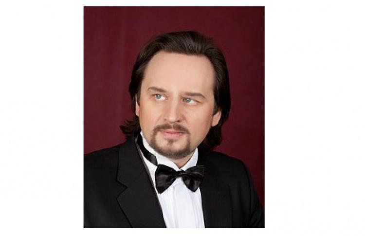 Олег Долгов