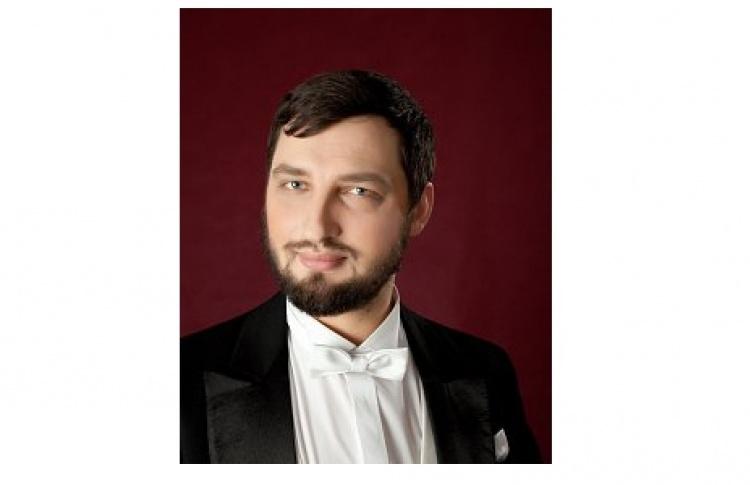 Артем Гарнов
