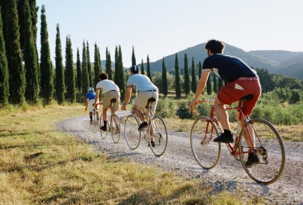 LeCoq Sportif выпустил коллекцию вподдержку велогонки L'Eroica - Фото №2