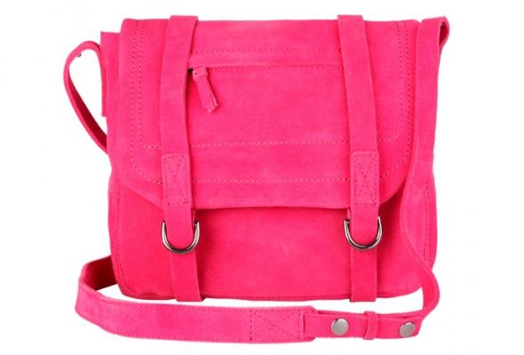 Осеннюю коллекцию Gap дополнили яркие замшевые сумки - Фото №1
