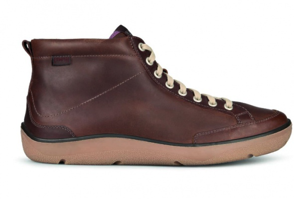 Camper начал делать водонепроницаемую зимнюю обувь - Фото №1