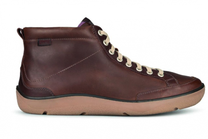 Camper начал делать водонепроницаемую зимнюю обувь