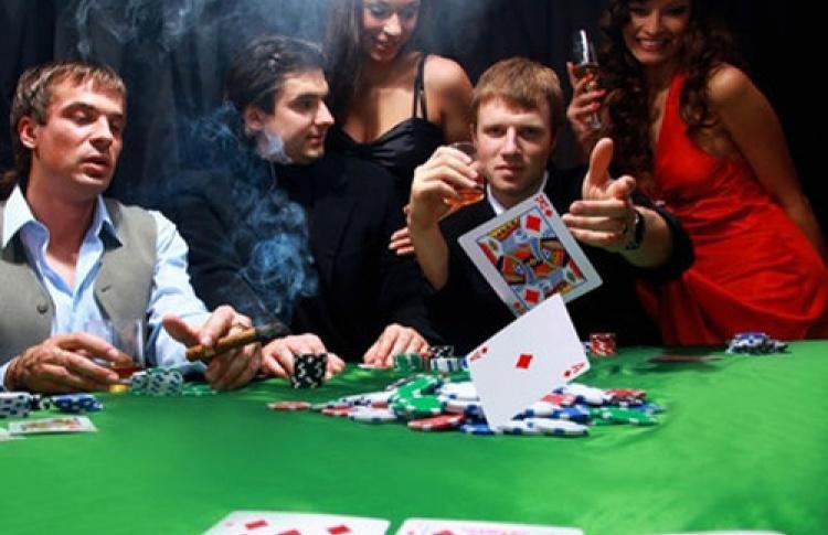 Ночь покера от Galernaya 20