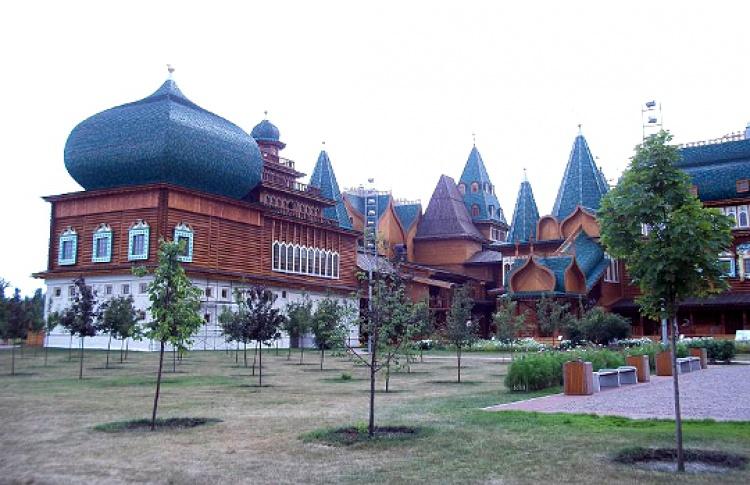 Спасские ворота — Дворец царя Алексея Михайловича