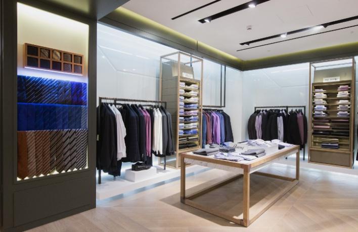 ВЦУМе открылся отдел мужской одежды больших размеров