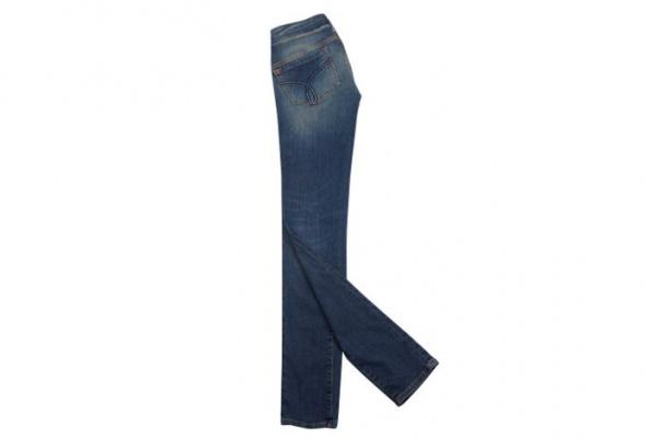 ВCalvin Klein Jeans привезли зимнюю коллекцию - Фото №1