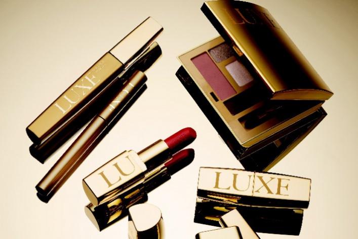 Avon выпускает премиальную коллекцию косметики LUXE