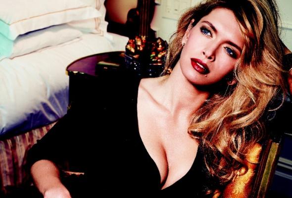 Avon выпускает премиальную коллекцию косметики LUXE - Фото №2