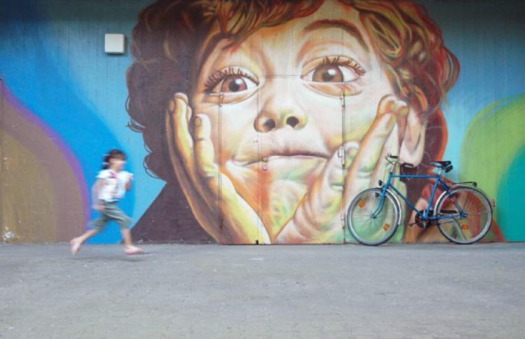 Метро украсят граффити