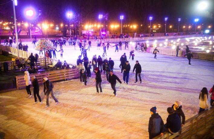 Москва стала городом катков