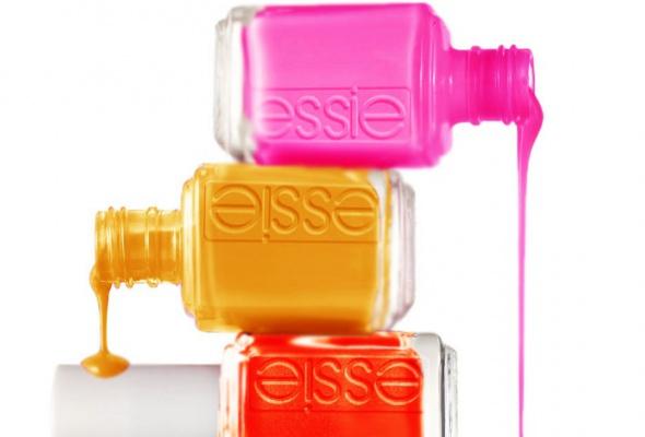 Всалонах красоты начали продавать профессиональные лаки Essie - Фото №1