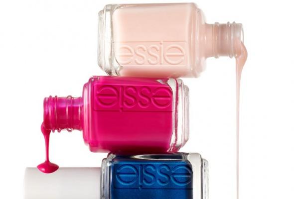 Всалонах красоты начали продавать профессиональные лаки Essie - Фото №0