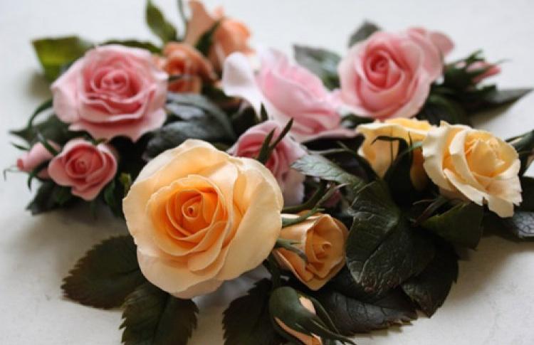 Неувядающие цветы из глины Rowan Craft