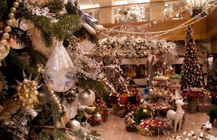 Новогодний базар вДЛТ