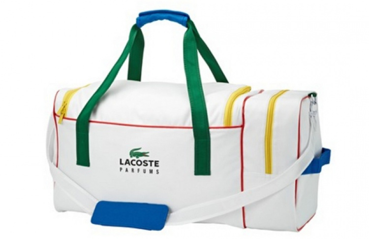 Спортивная сумка в подарок от Lacoste