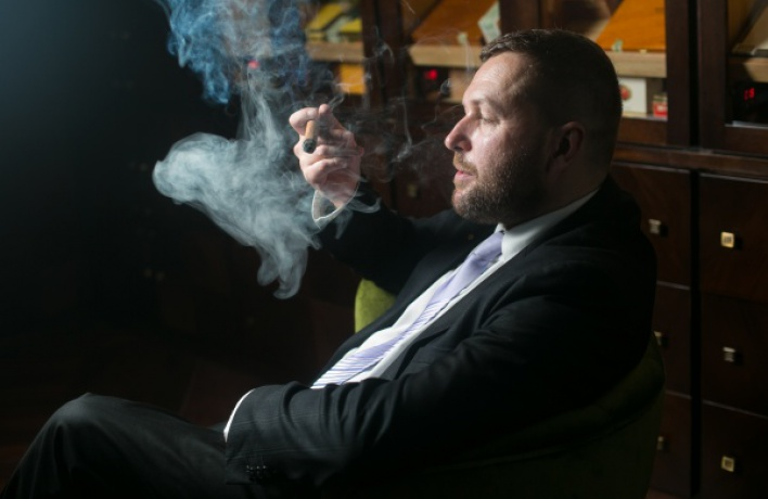 Дмитрий Друца— лучший эксперт посигарам вРоссии