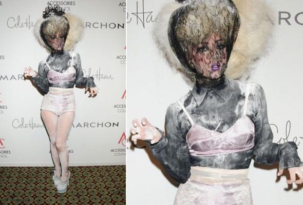 Леди Гага: 40луков, которые потрясли мир - Фото №6