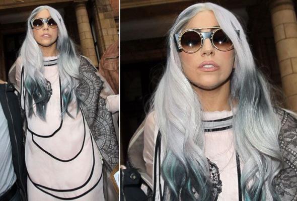 Леди Гага: 40луков, которые потрясли мир - Фото №19