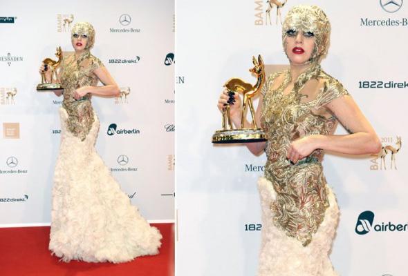 Леди Гага: 40луков, которые потрясли мир - Фото №30