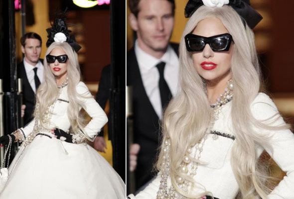 Леди Гага: 40луков, которые потрясли мир - Фото №31