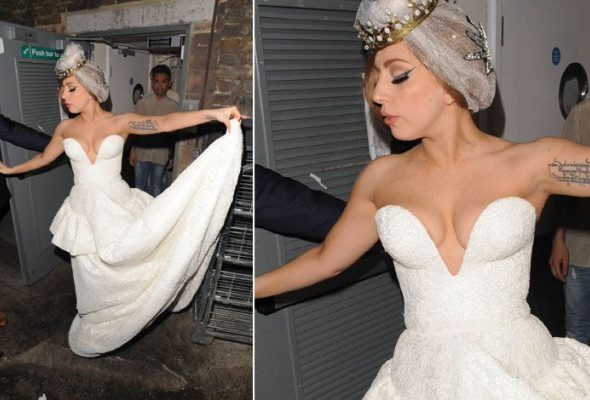 Леди Гага: 40луков, которые потрясли мир - Фото №35
