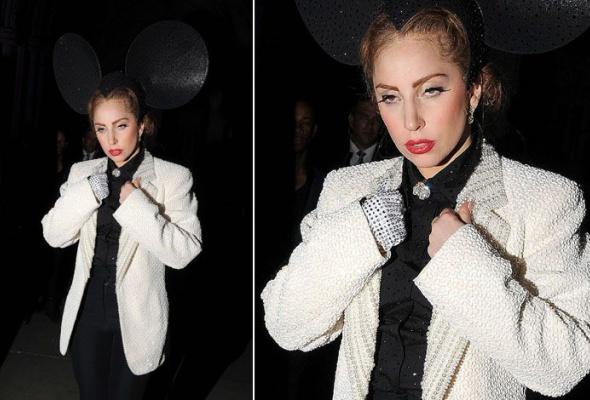 Леди Гага: 40луков, которые потрясли мир - Фото №38