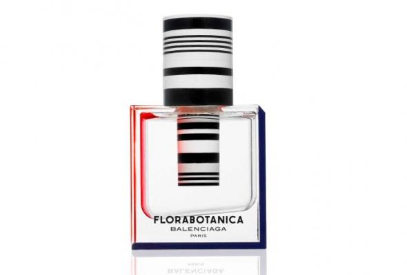 УBalenciaga появился новый женский аромат— Florabotanica - Фото №1