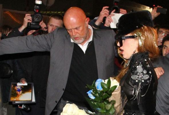 Леди Гага прилетела вМоскву - Фото №4