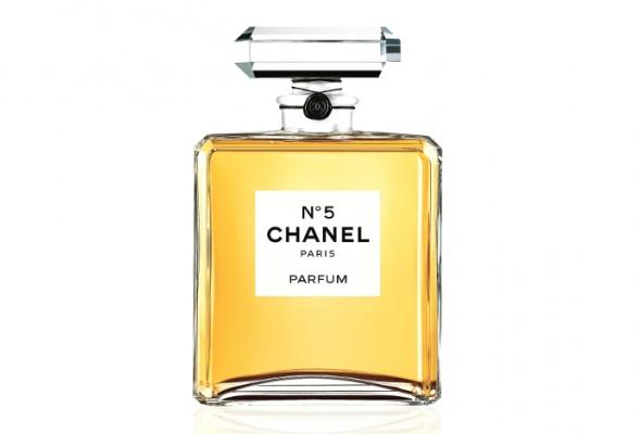 ВBeauty Boutique Chanel привезли рождественскую коллекцию Chanel №5 - Фото №0