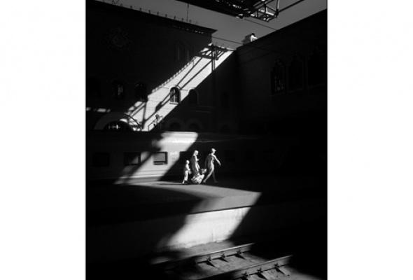 "Дмитрий Зверев ""Здесь и сейчас. Планета Москва"" - Фото №0"