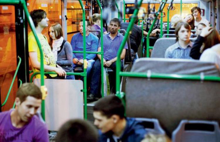 Автобус сбесплатным WiFiвПетербурге