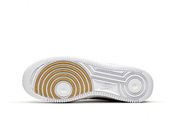 УNike вышла юбилейная модель кроссовок Air Force 1 - Фото №1