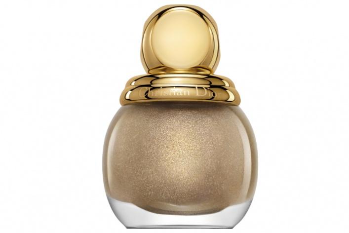 Dior представил новые лаки изновогодней коллекции
