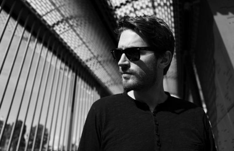 «New Year»: DJ Ник Керли