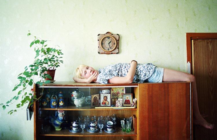 Молодая фотография 2012 2/2. Реальность / Декорации