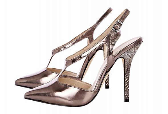 Где найти: Блестящие туфли - Фото №2