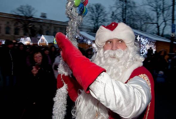 Духовой оркестр снеговиков наРождественской Ярмарке - Фото №2