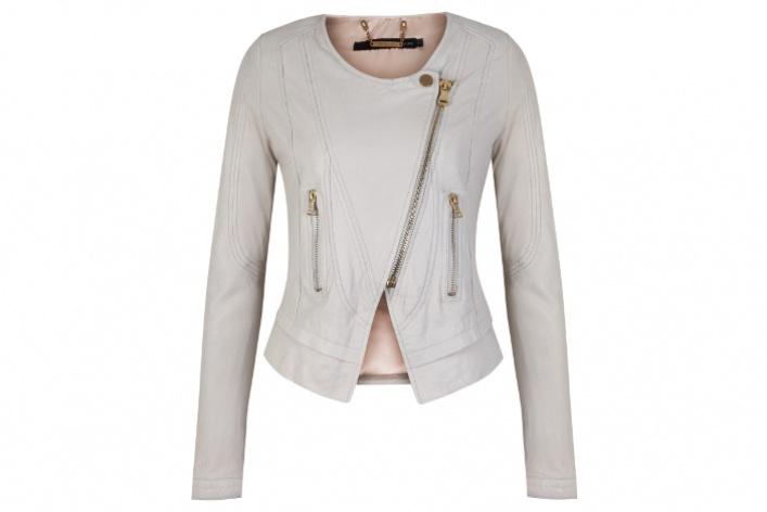 Вмагазинах Calvin Klein Jeans появилась коллекция Pre-Spring 2013