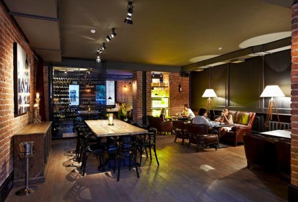 Винный бар как бомбоубежище - Фото №2