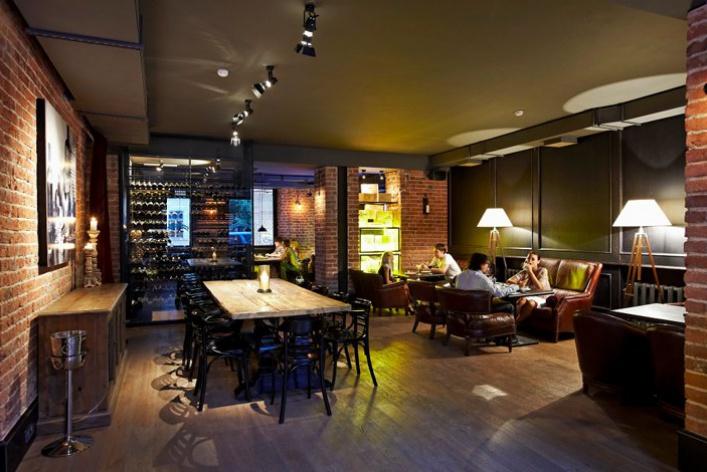 Винный бар как бомбоубежище