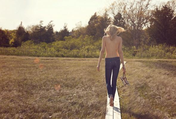 Wrangler выпустил джинсы отцеллюлита - Фото №3