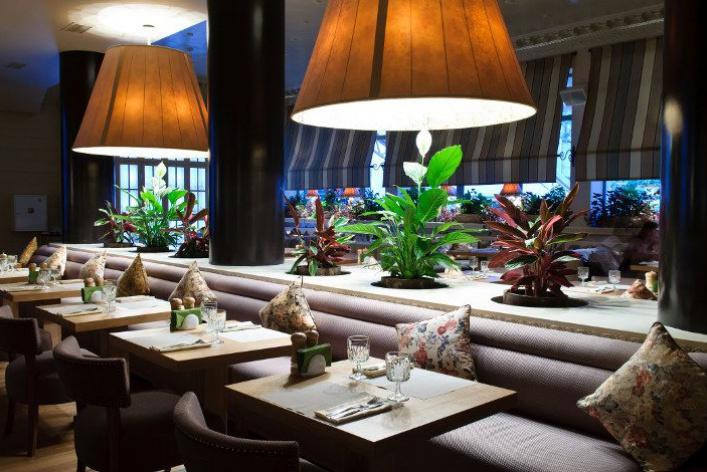 «Нам было уютно вэтом пустом симпатичном ресторане»