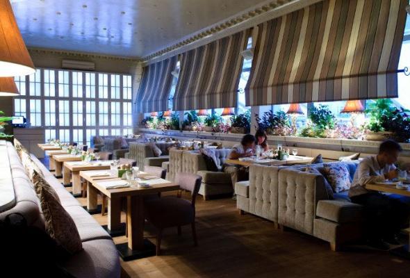 «Нам было уютно вэтом пустом симпатичном ресторане» - Фото №2