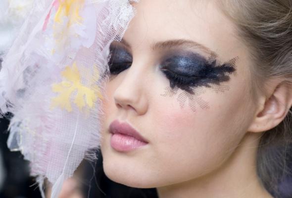 Новые тенденции ввечернем макияже отChanel - Фото №0