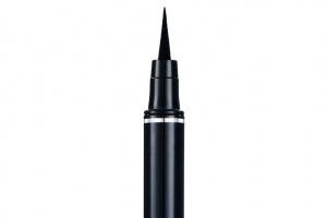 Новый лайнер-фломастер Diorshow Art Pen отDior