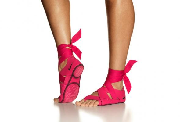 Nike выпустил обувь для занятий йогой ипилатесом - Фото №0