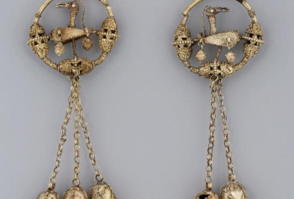 Классическое искусство исламского мира IX-XIX веков. Девяносто девять имен Всевышнего - Фото №3