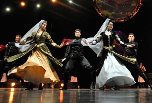 Легендарный грузинский ансамбль «Эрисиони», покоривший весь мир, выступит вМоскве! - Фото №1