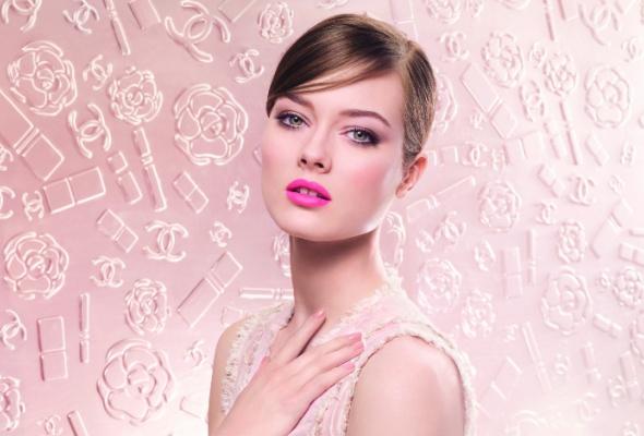 Весенняя коллекция макияжа отChanel - Фото №0